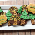 """Tree-Huggin' Love"" Anniversary Cookies"