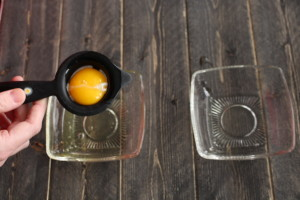 The Coolest Way to Separate Eggs-The Old Way. Egg separator