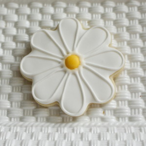White Daisy Cookie