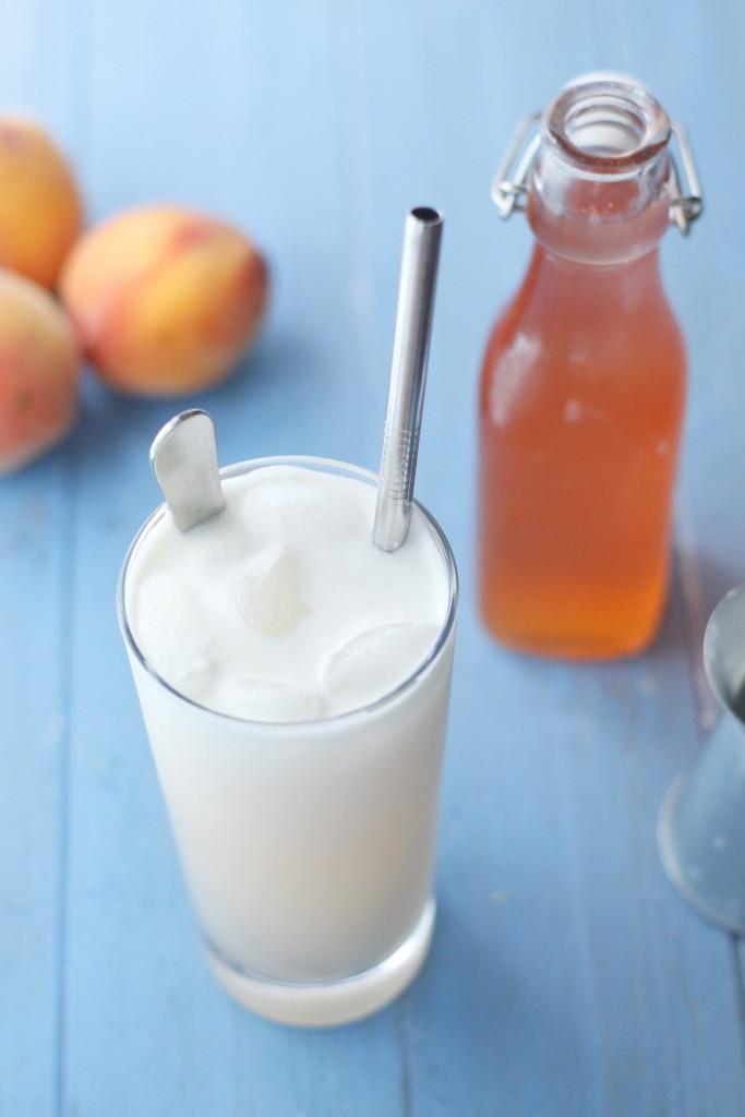 http://eatthinkbemerry.com/wp-content/uploads/2015/09/Peaches-and-Cream-Soda-001-683x1024.jpg