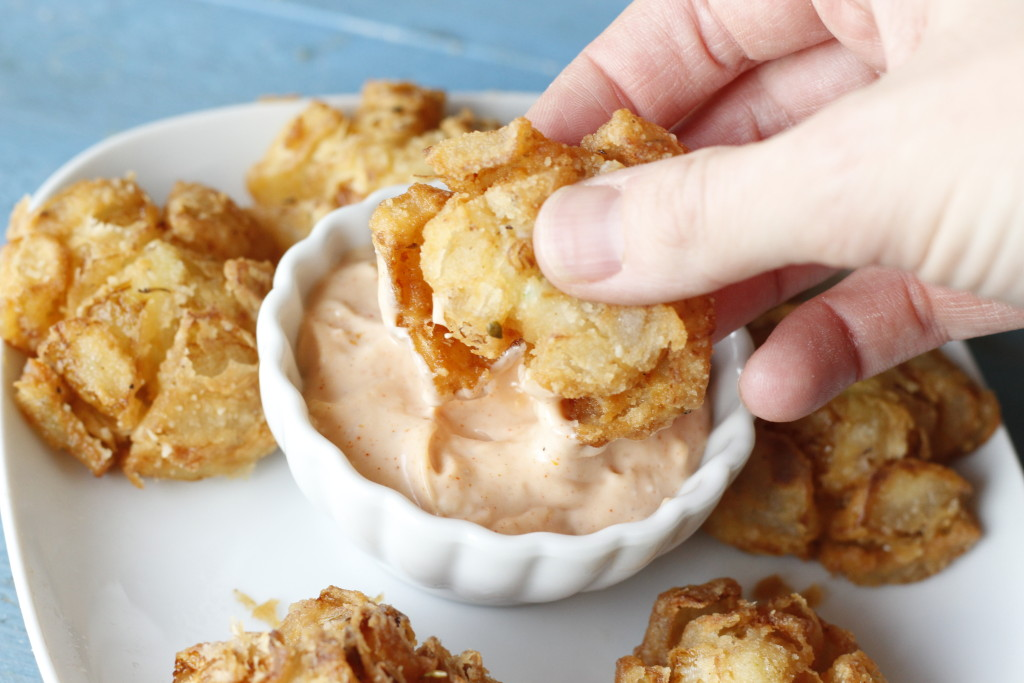 bite-sized bloomin' onions